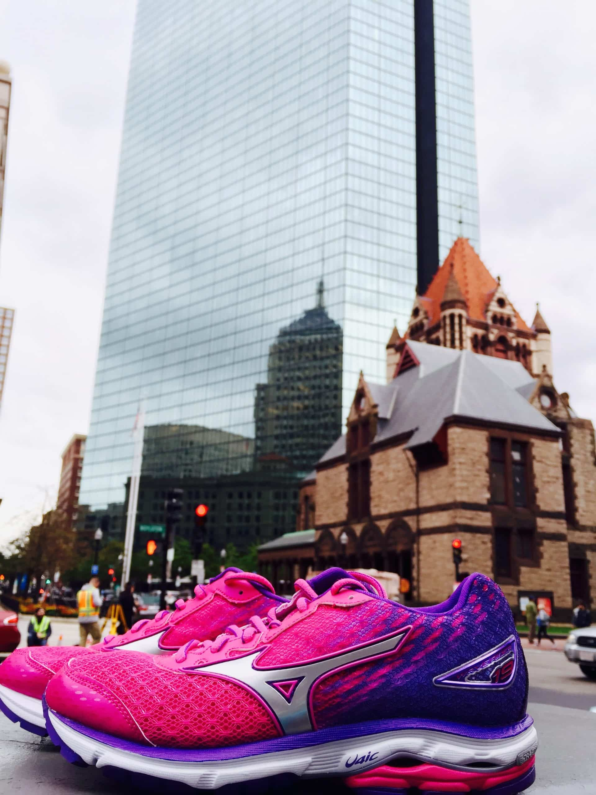 new style 6acbd 03cf6 SHOE REVIEW: Mizuno Wave Rider 19 | Marathon Sports